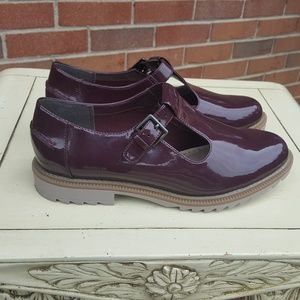 Clarks Somerset Shoes